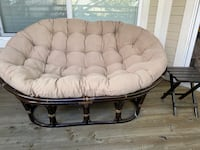 Double papasan chair with table and cover