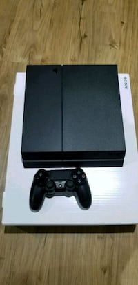 Sony PS4 console with controller