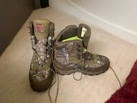 Under armor brow tine boots size 8.5 San Francisco, 94103