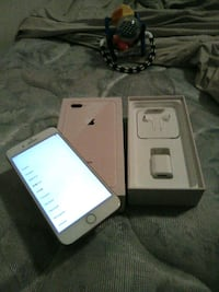Gold 8 plus plus with boxbrand new 64gb Annandale, 22003