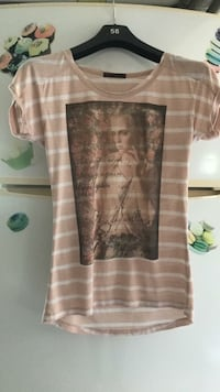 Tee shirt rose pale et blanc