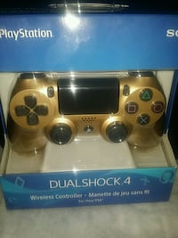Gold Sony PS4 Dualshock 4 wireless controller Toronto, M1P 2L4