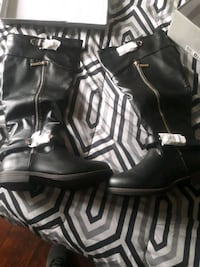 pair of black leather boots Walkersville, 21793