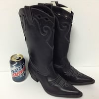 New pair of ladies Cowboy boots