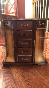 Jewelry Box.    Walnut wood.  No damage.  5 drawers and 2 necklace carousels.   Bristow, 20136