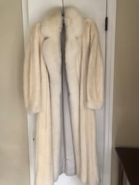White mink fur coat with white fox tuxedo trim and matching hat Kensington, 20895
