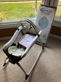 Graco Little Lounger complete and barley used Fairfax, 22033