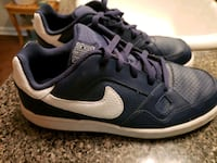 Nike son of force lowtop shoes kids size 3 Locust Grove, 30248