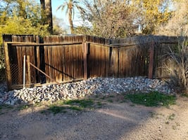 FREE RIVER ROCK! *** Country Club Park *** 85006 ***