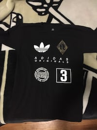 Black and white adidas crew-neck t-shirt Winnipeg, R2K 1Z9
