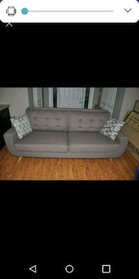 Brand new sofa Langley, V4W