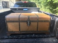 Leather Covered Vintage Trunk Tampa, 33604