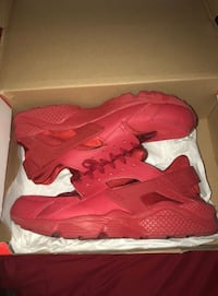 Red Huaraches  Houston, 77070