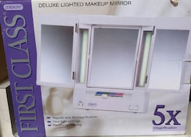 Deluxe Make-up Mirror-New , never used.