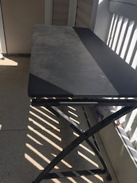 Work table good condition  Mc Lean, 22102
