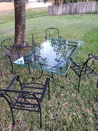 6' Beautiful wrought iron table set Melbourne, 32935