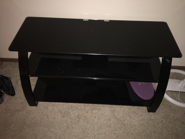 Best But BELLO Glass TV Stand