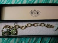 gold juicy couture box and bracelet Capitol Heights, 20743