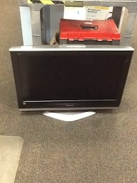 "Panasonic 32 "" Television in working condition good condition with remote model # TC32LX70 Hagerstown, 21740"