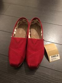 Woman's Toms brand new size 9 shoes flats Richmond Hill, L4B