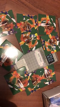 Like new football scramble square game. Laval, H7Y 2C1