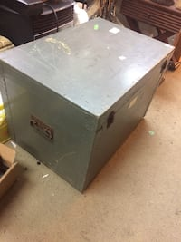 grey wooden chest box Duncan, V9L 2Z2