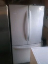 Lg trio white fridge San Bernardino, 92407