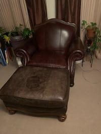 brown leather tufted sofa chair Gaithersburg, 20878