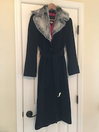 Guess coat size S Fairfax, 22033