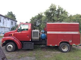 Ford - 1997 Sterling Ulitity body Truck