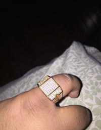 Iced out ring (size 12) Need sold asap Mississauga, L5M 3Y3