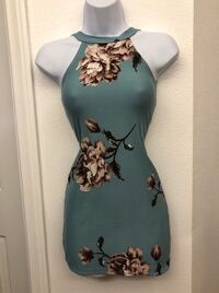 Women's blue and white floral sleeveless dress Las Vegas, 89130