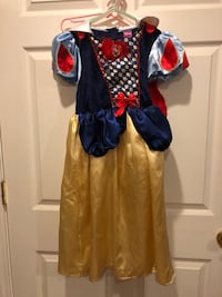 Disney Snow White dress up costume  Blountville, 37617