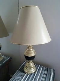 (1) Table Lamp