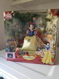 Collectible Snow White porcelain doll