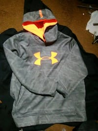black Under Armour pullover hoodie Edmonton, T5L 5G8