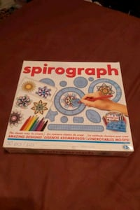 Spirograph kit for cool shapes