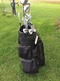 Black golf bag with clubs-new price Delhi