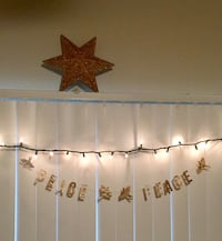 GOLD CHRISTMAS STAR DECORATION  6 mi