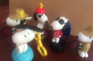 Lots of snoopy McDonald's toys