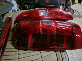 pair of avalanche 2008 to 2014 taillights