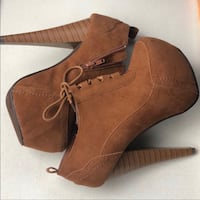 Brand New Brown Suede High Heel size 6 Duluth, 30096