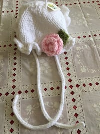 Hand Knit Soft Yarn W/ Adorable Flower Baby Hat/NEW