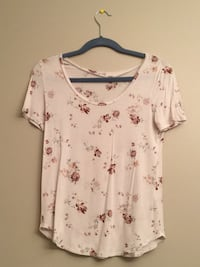 white and pink floral scoop neck shirt Calgary, T2X