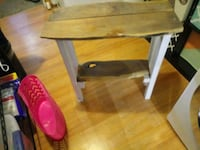 End table  Sioux Falls, 57105