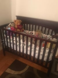 baby's brown wooden crib Hyattsville, 20785