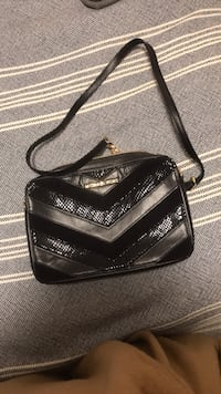 Michael Kors Jet Set black leather quilted front cross body bag Chicago, 60616