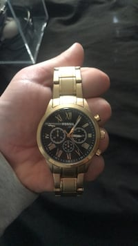 Gold fossil watch Montgomery, 12549