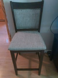 Bar Height Chair Excellent Condition $20 London