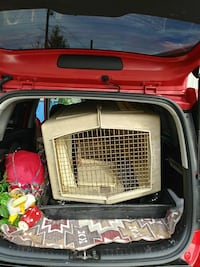 Giant dog kennel crate